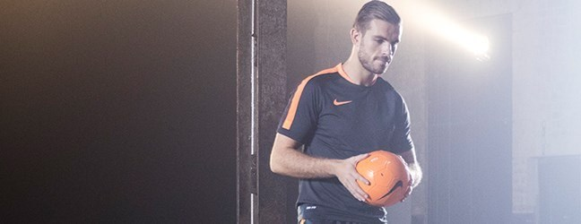 jordan-henderson-football-article-header3.jpg